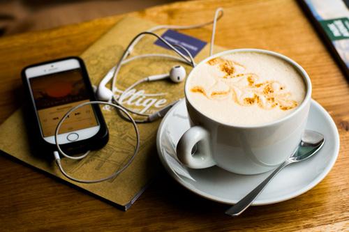 liste-collaborative-de-podcasts-communicaweb-500-333